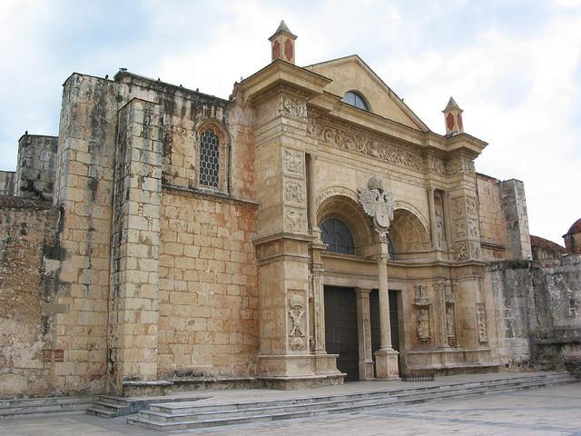 Historie a současnost Santo Dominga