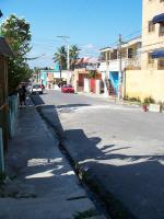 Ulička ve městě Los Alcarrizos